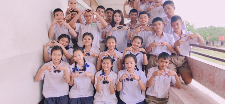 The life to the pure heart by  Sukki, China, Sampanvitthana School. (Phetchaboon Province)